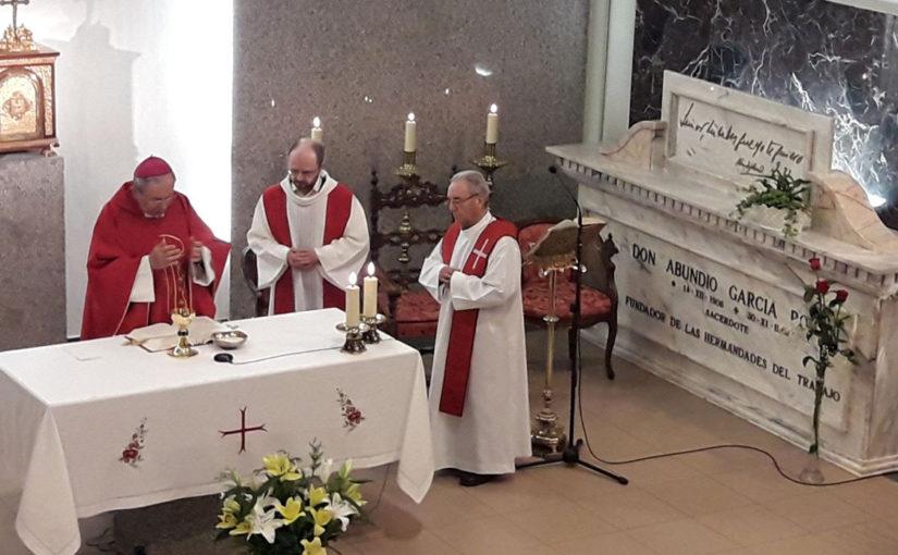 Hermandades recuerda a D. Abundio en el XXVIII Aniversario de su fallecimiento